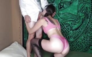 Horny chick wearing a mask blowing his fat dick