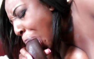 Impressive amateur floosie Layla Monroe has painful sex
